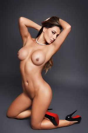 Viviana Castrillón his sizzling hot in the nude